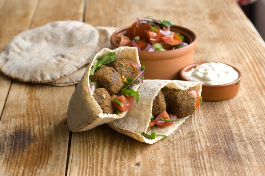 Falafel_pita_pocket
