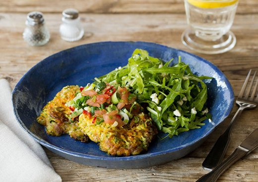 Zucchini Fritters with Spicy Salsa ›› http://bit.ly/1c7WQo2