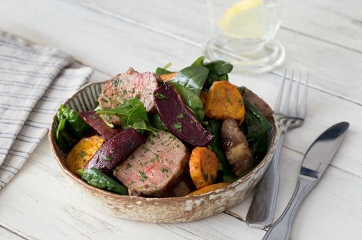 Warm Lamb Salad with Dijon Dressing ›› http://bit.ly/1Bgad18