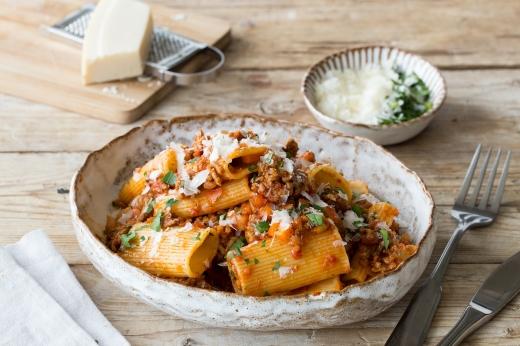 Pork & Veal Rigatoni Bolognese ›› http://bit.ly/1KRh3MT